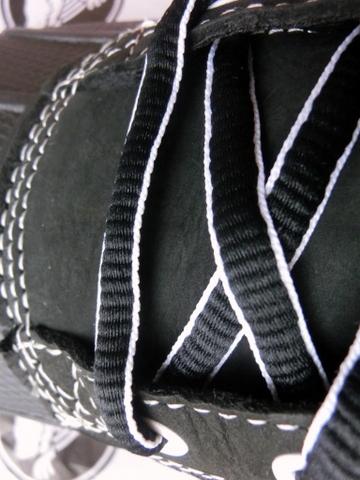 クロックス スニーカーブーツ  靴紐