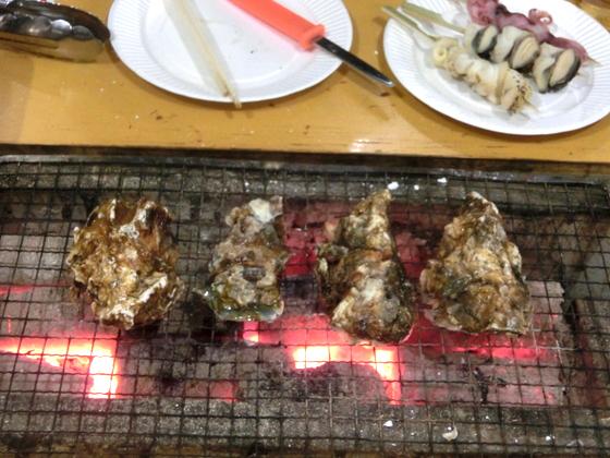 かき小屋 鉄ちゃん 八景島