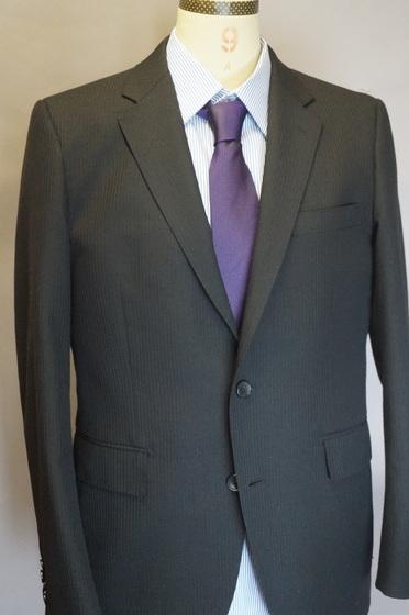 スーツとネクタイ。
