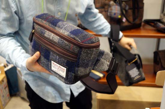 glencheck-harris-tweed-2waywaist-bag-2