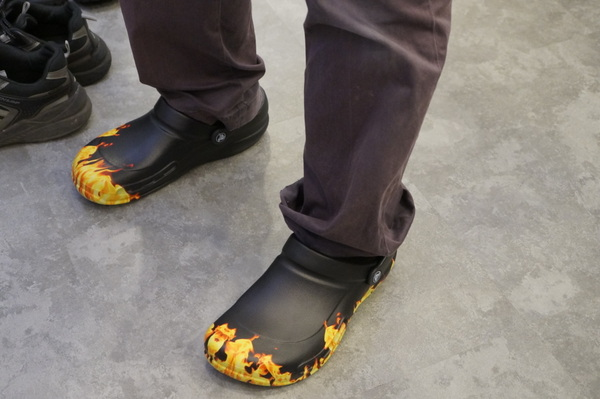 Bistro Graphic Clogs