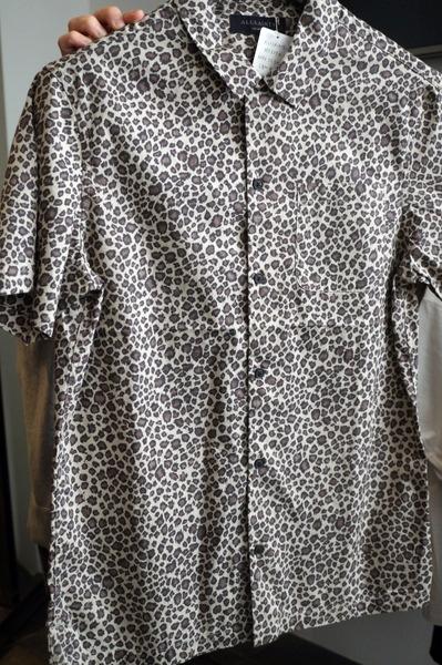アニマルプリントシャツ