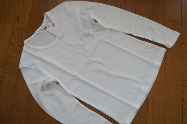 ワッフルVネック長袖Tシャツ(ホワイト)平置き