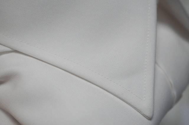 ソルブシャツの縫製