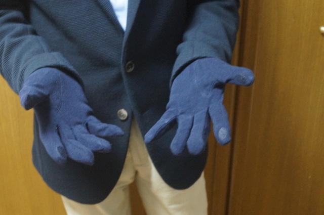 Doガード・抗ウイルス保湿手袋/メンズ 使用イメージ